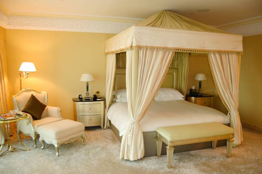 Regal-bedroom in araban theme with 4 corner canopy bed
