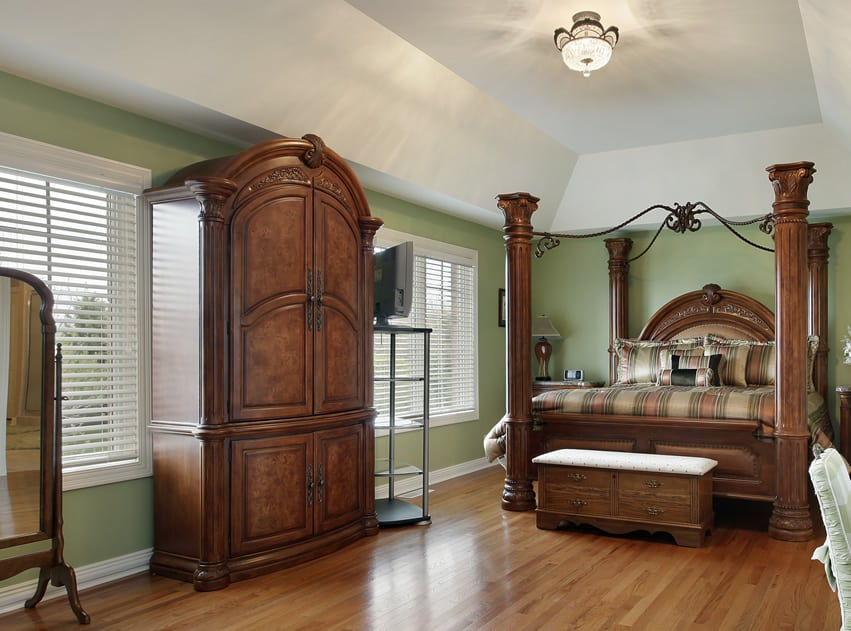 traditional wooden wardrobes 3