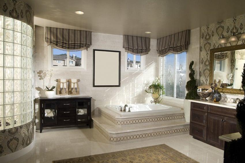Attractive bathroom design