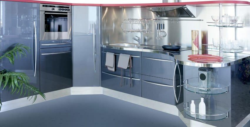 Gunmetal gray modern kitchen