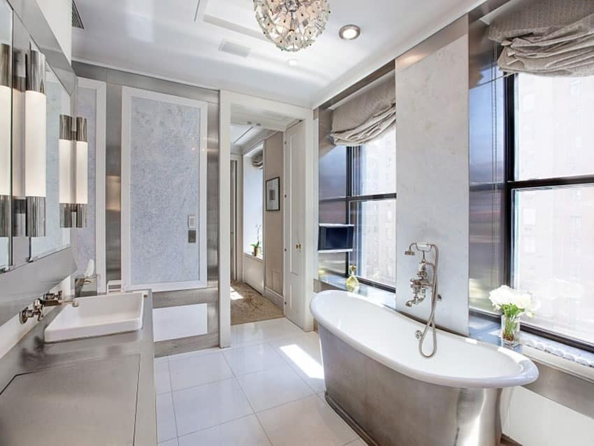 Contemporary bathroom with cast iron bathtub