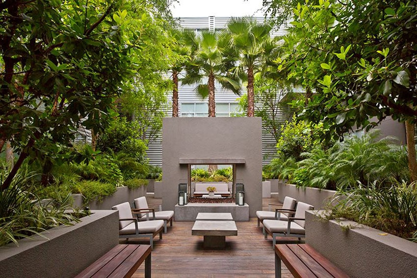 Modern Patio Design With Lush Landscaping