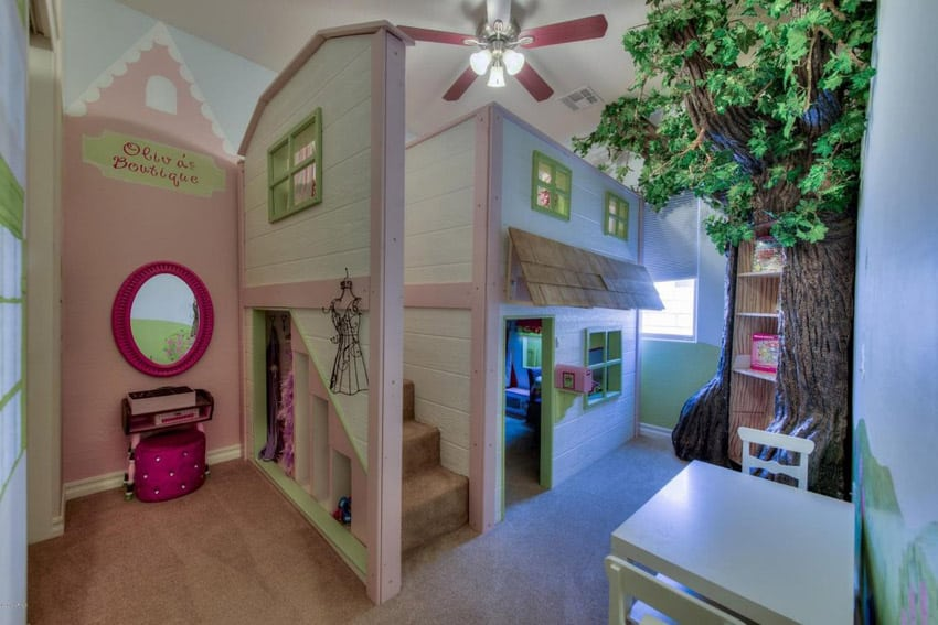 Amazing house bed in girls room
