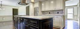 engineered-hardwood-flooring-in-contemporary-kitchen