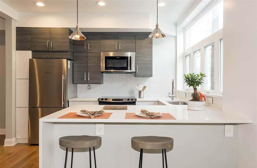 contemporary-kitchen-with-thassos-quartz-countertops-and-white-mosaic-backsplash