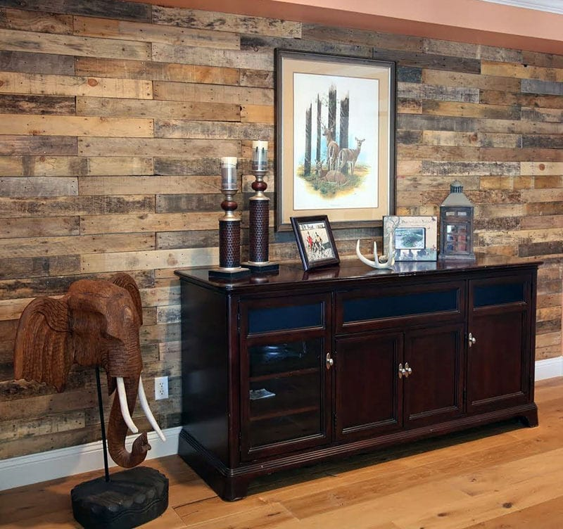 Distressed pallet wood accent wall