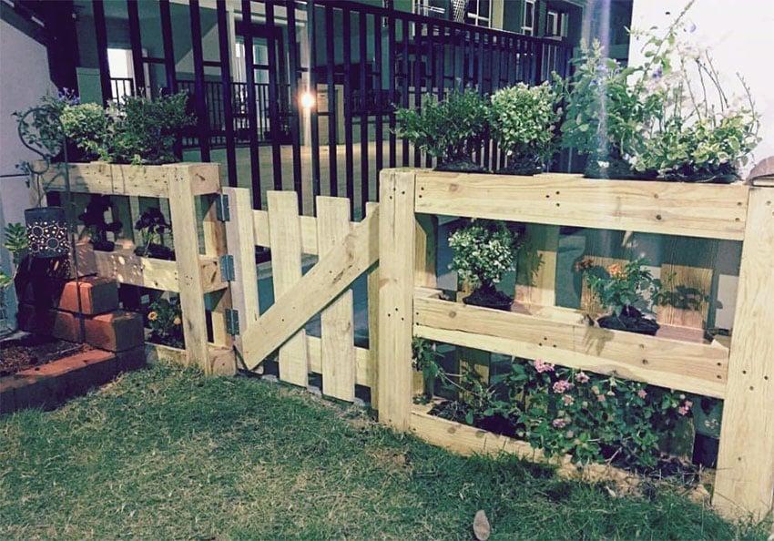 59 creative wood pallet ideas diy pictures designing idea for Diy pallet fence gate