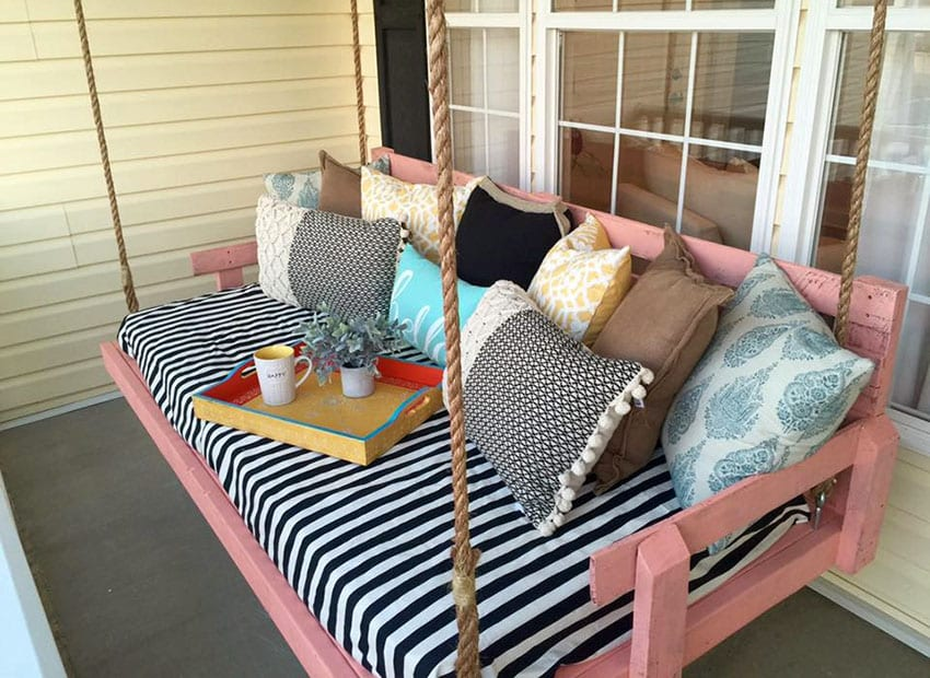 Front porch reclaimed wood pallet swing