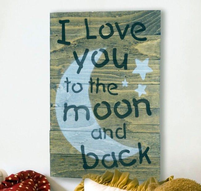 Love wood pallet sign decor