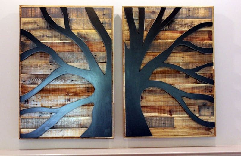 Pallet wall art with tree design