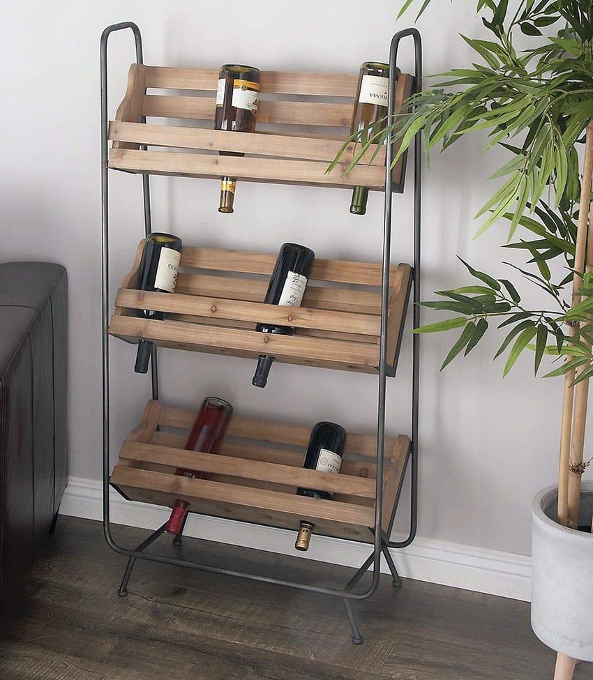 Pallet wine rack with metal legs