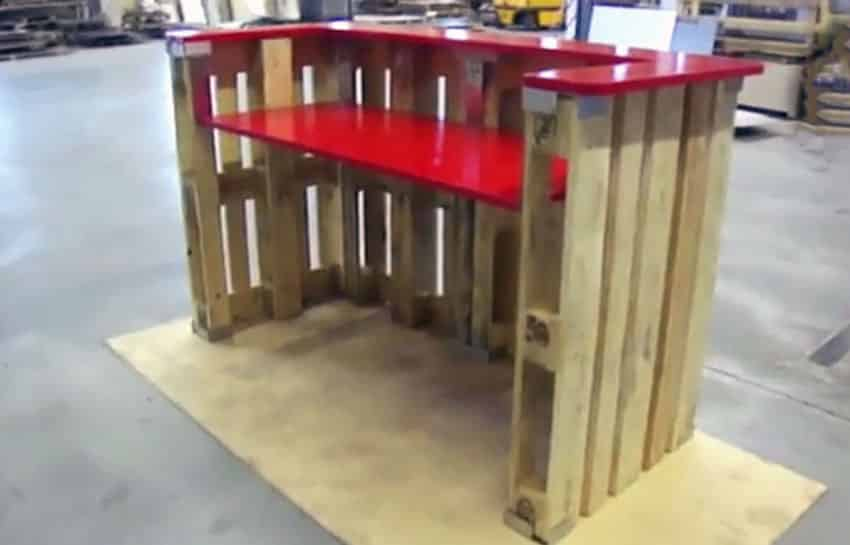 Wood pallet bar with red counter