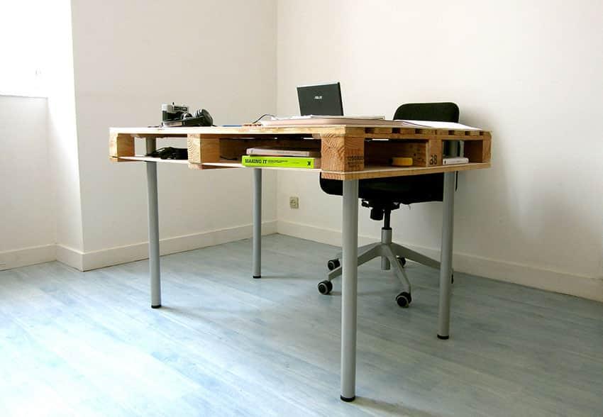 Wood pallet desk in home office