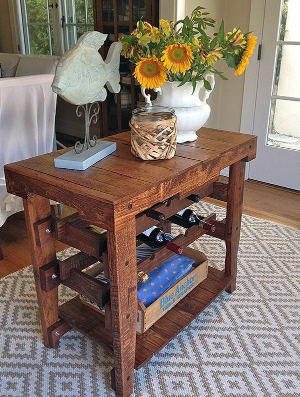 Wood pallet table with wine rack