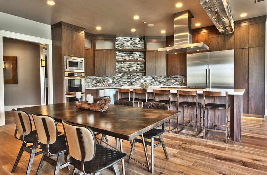 Contemporary kitchen with built-in cooktop in island