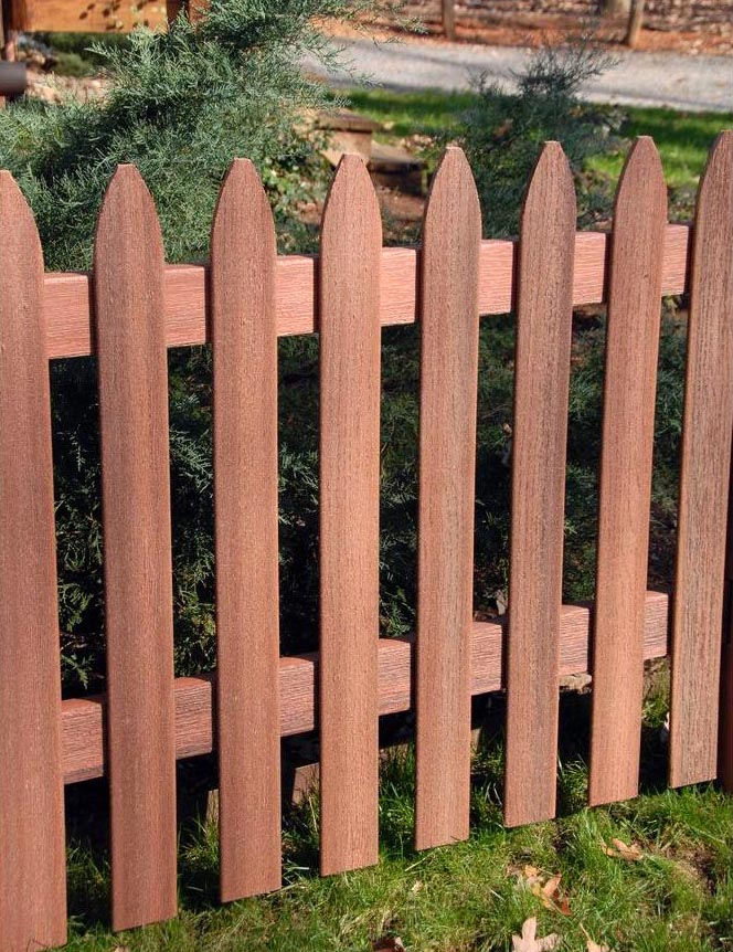 Composite fence pickets