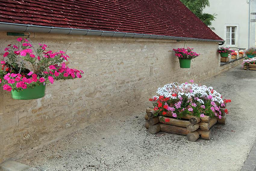 DIY wood log flower box and hanging planters