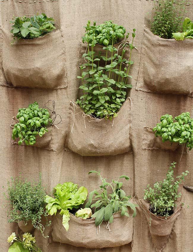 Hanging gunnysack planter