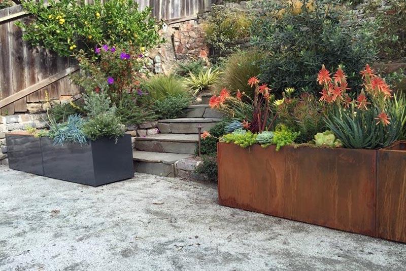 Steel planter flower box