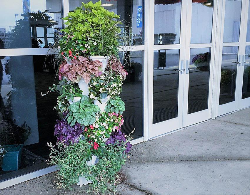 Tiered vertical garden planter