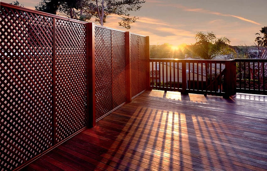 Wood deck with lattice privacy fence