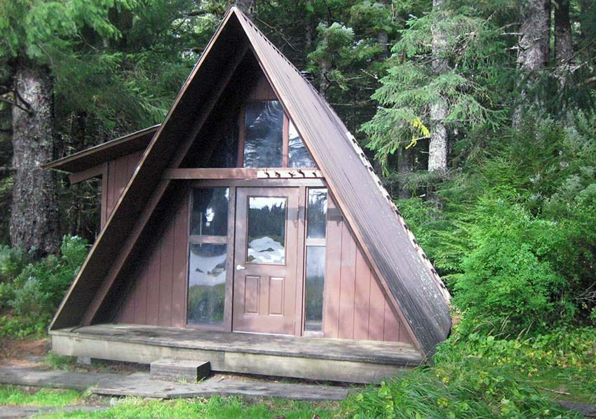 A frame roof style on cabin