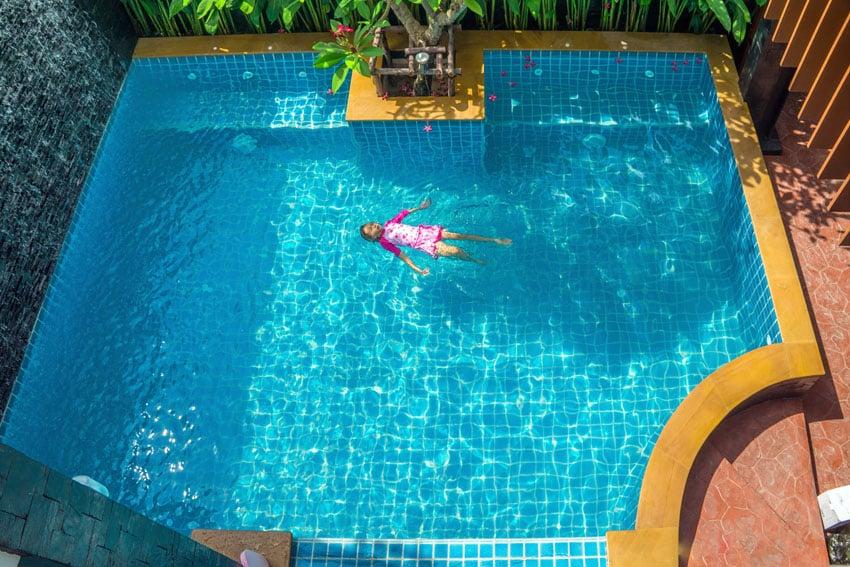 Backyard villa swimming pool