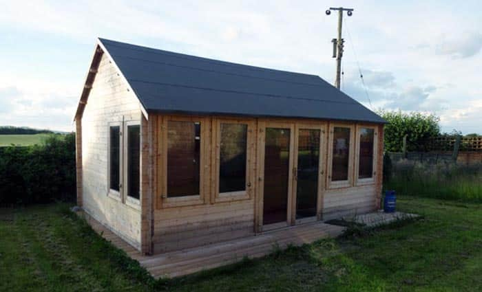 Felt roofing on shed