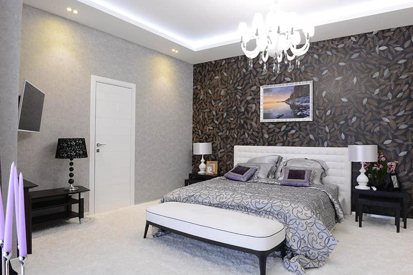 Fiberglass flush door in bedroom
