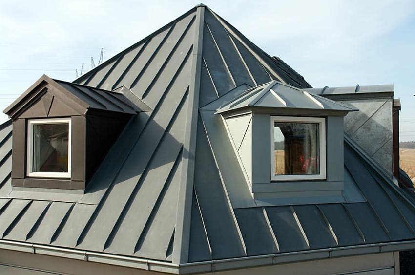 Pyramid roof house
