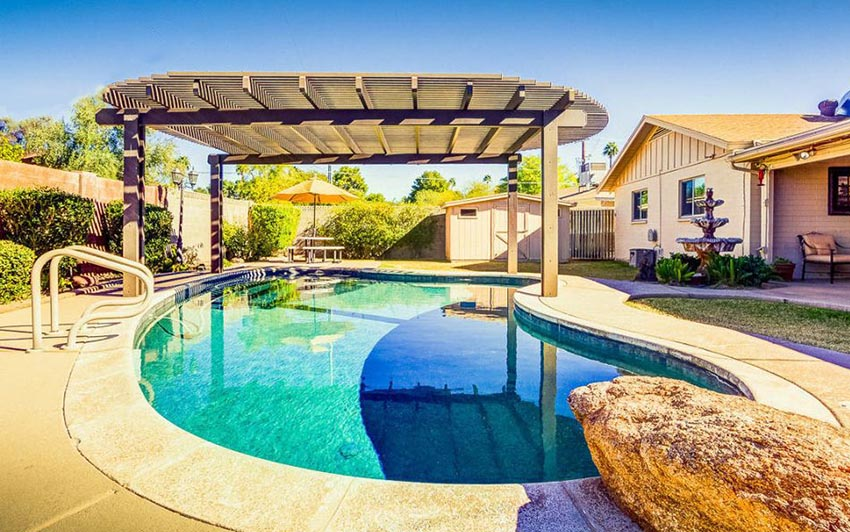Modern pool pergola with rounded top