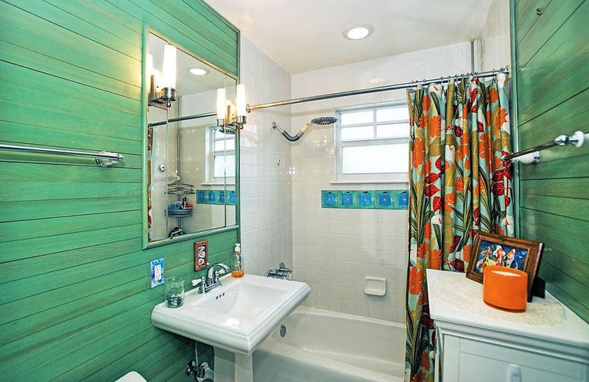 Bathroom with horizontal plank walls painted green