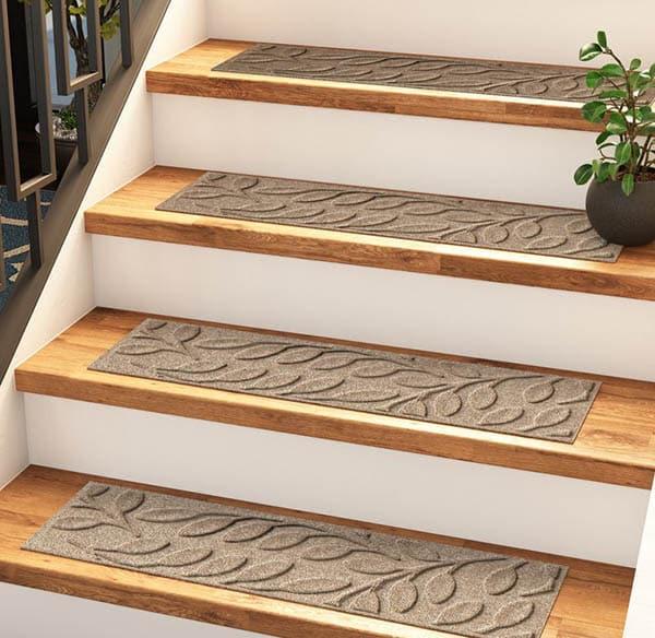 Polypropylene staircase carpet