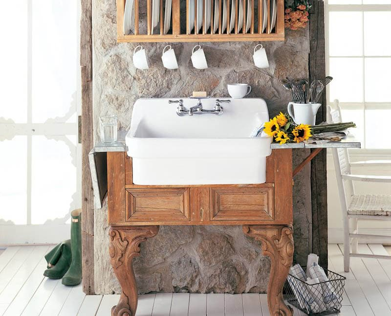 Freestanding country kitchen sink with wood legs
