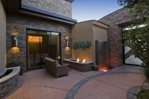 rock-patio-with-outdoor-firepit-mood-lighting