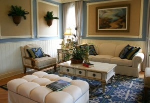 Small Living Room Ideas – Decorating Tips to Make a Room Feel Bigger