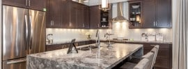 kitchen-with-marble-island-with-eat-in-dining
