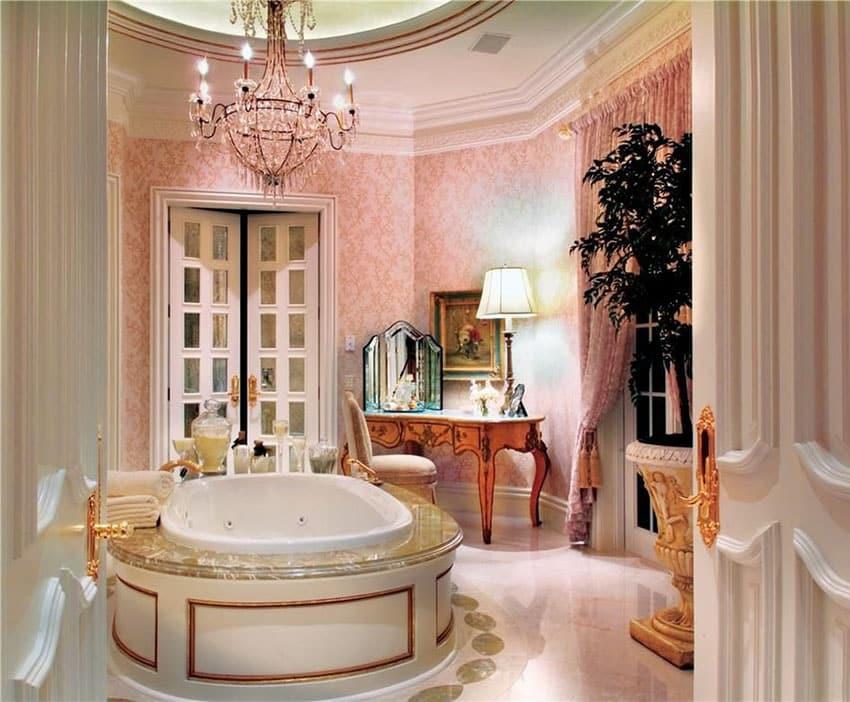 Super fancy bathroom suite with chandelier