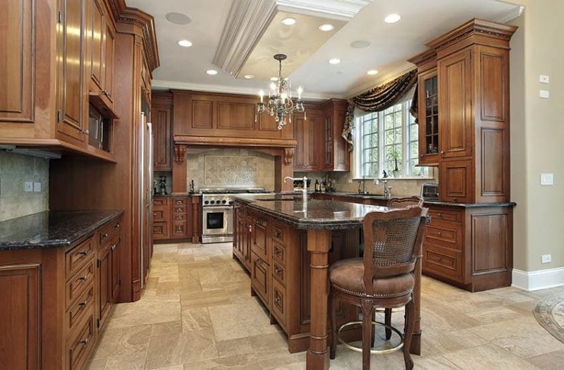 Traditional Kitchen Cabinets (Design Ideas)