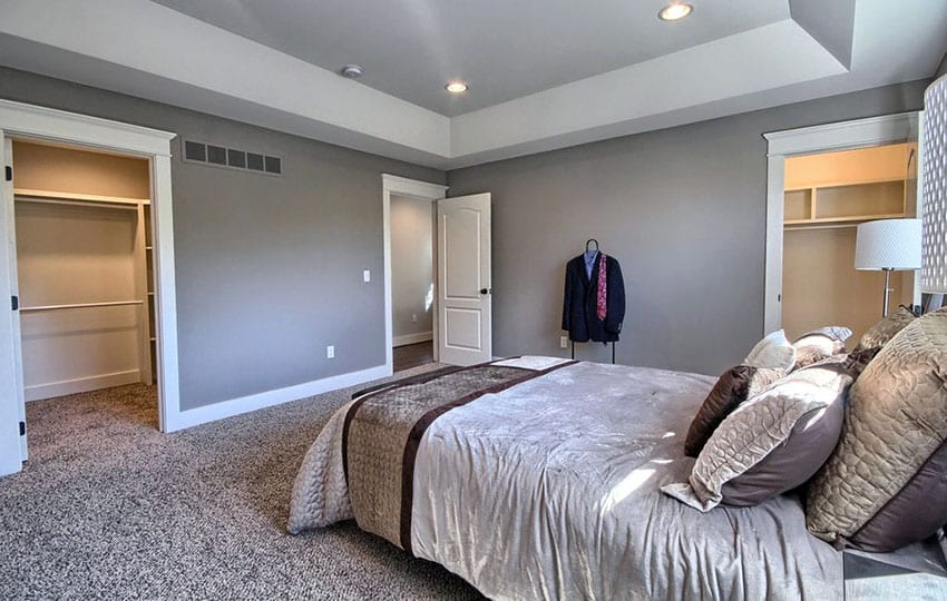 Bedroom with twist cut carpet
