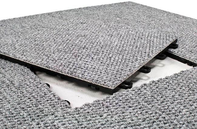 Olefin interlocking carpet tiles