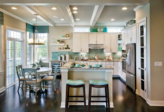 Decorating Ideas for the Space Above Kitchen Cabinets ...