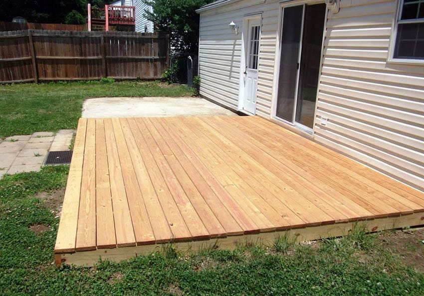 Pine platform deck design