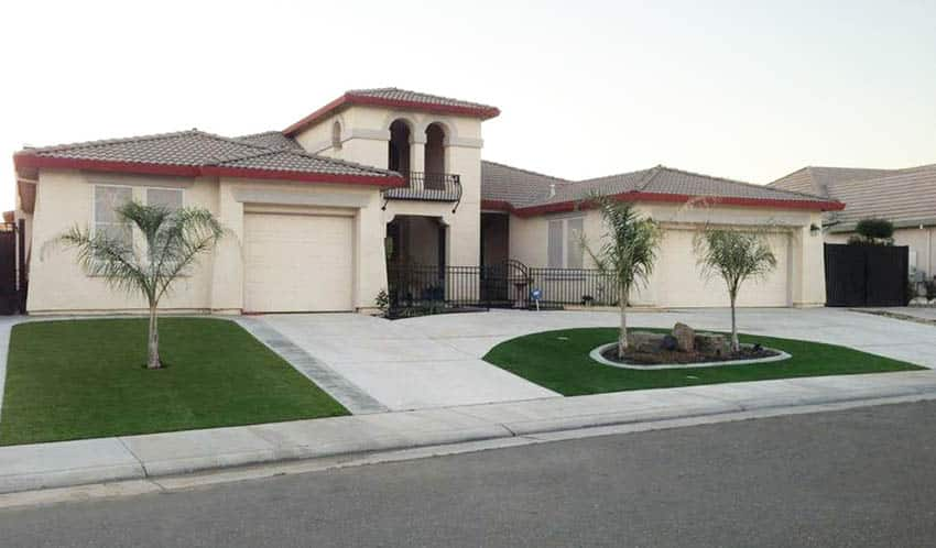 U shaped driveway