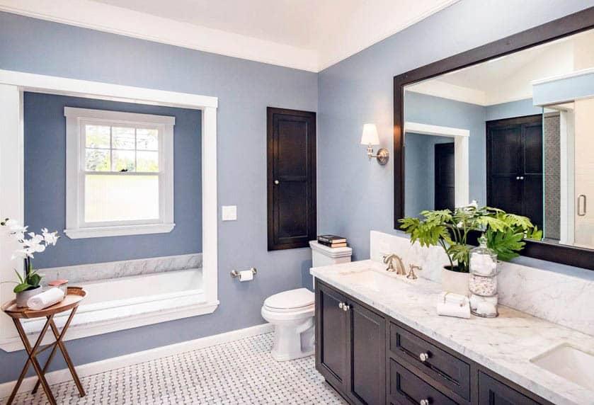 Bathroom with acrylic alcove tub
