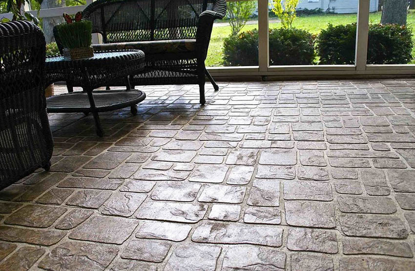 Cobblestone look stamped concrete patio