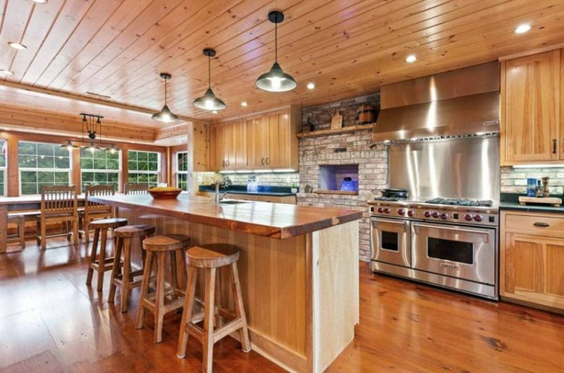 What Flooring Goes With Hickory Cabinets Designing Idea