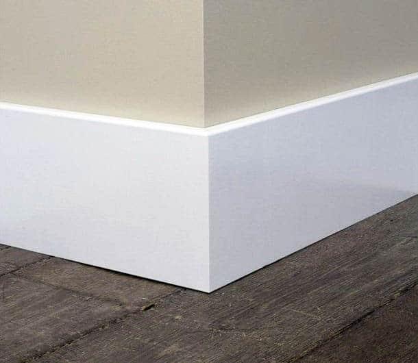 Flat baseboard