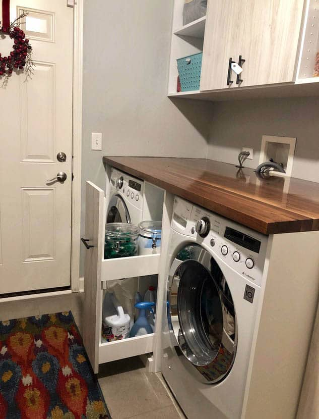 Laundry room with storage drawer