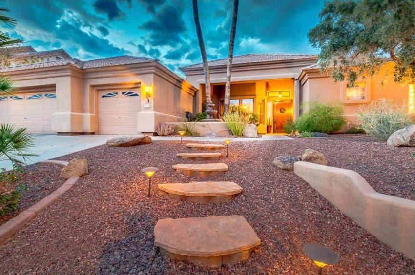 Desert landscaping hardscape gravel front yard design